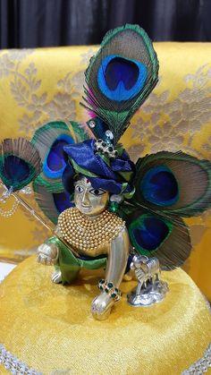 Janmashtami Decoration, Radha Krishna Quotes, Ladoo Gopal, Cute Krishna, Buddha Meditation, Krishna Painting, Avengers, Captain Hat, God