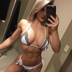 ➖ A linha de suplementos para mulheres da @1upnutrition , é a melhor que eu ja conheci nos ultimos tempos , é incrível 😍 Tem tudo o que precisamos: -Make Her Lean (queimador)-BCAA's sabor de melancia + colageno + glutamina) -L-carnitina-Lean Toner (mantém a massa muscular magra)-Pro Pump (pre treino) . . ➖El stack de @1upnutrition para mujeres es increible! Tiene todo lo q necesitamos:-Make Her Lean (quemador)-BCAA's sabor a sandia + colageno y L-carnitina-Lean Toner (mantiene la masa…