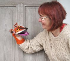 Fox Felted Toy Muppet style by filcAlki Fabric Animals, Felt Animals, Animals For Kids, Fantastic Mr Fox, Fox Toys, Hand Puppets, Sock Puppets, Handmade Stuffed Animals, Puppet Toys