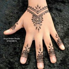 Henna Designs, Hand Henna, Mehndi, Hand Tattoos, Tattoos, Hairstyle, Henna Art Designs, Henna, Hennas