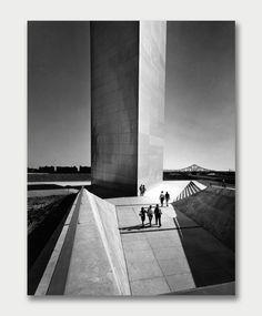Eero Saarinen, St Louis Arch, (Jefferson National Expansion Memorial) 1965