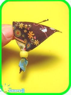 Mini Flowers Bandana Scout SWAPS Girl Craft Kit-Swaps4Less