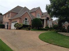 130 Creekway Bnd, Southlake, TX 76092. 5 bed, 4.1 bath, $919,900. Elegant house with g...