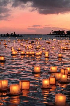 Floating lantern ceremony held on Memorial Day in . - Floating lantern ceremony held on Memorial Day in . Memorial Day, Roses Photography, Nature Photography, Pinterest Photography, Photography Classes, Photography Business, Aesthetic Photography Nature, Phone Backgrounds, Remembrance Day