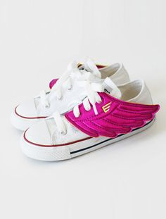 the shwings wings Little Girl Shoes, Little Baby Girl, Little Babies, Baby Love, Girls Shoes, Baby Shoes, Cool Kids Clothes, Cute Outfits For Kids, Cute Toddlers