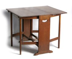 Oak Gate Leg Table by S Barnsley – Ernest Gimson and the Arts & Crafts Movement in Leicester