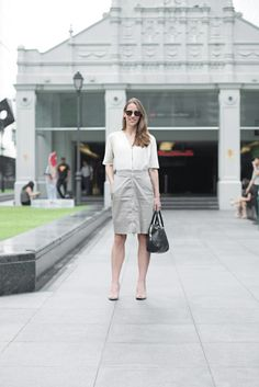 SHENTONISTA: Beige Hues. Margaret, Business Development. Dress from COS, Bag from Burberry, Sunglasses from Persol, Shoes from L.K. Bennet, Ring from Simon Wright. #theuniformsg #singapore #fashion #streetstyle #style #ootd #sgootd #ootdsg #wiwt #popular #people #female #womenswear #sgstyle #minimal #COS #Burberry #Persol #LKBennet #SimonWright