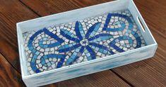 lovely mosaic tray by Casa y Jardin DECO Mosaic Tray, Mirror Mosaic, Mosaic Tiles, Mosaic Artwork, Glass Artwork, Mosaic Designs, Mosaic Patterns, Sisal, Ideas