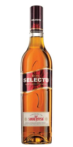 Heritage, social responsibility and rugby! – the recipe for a great Rum. Rum Bottle, Liquor Bottles, Whiskey Bottle, Havana Club, In Vino Veritas, Wine And Spirits, Tequila, Whisky, Bourbon