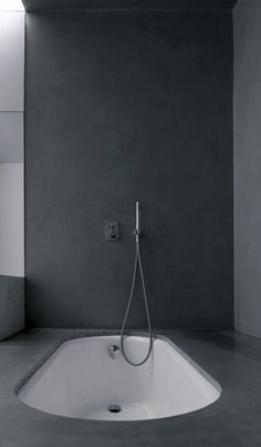 Modern bath tub inspiration by COCOON | freestanding bath tubs | solid surface | sturdy stainless steel bathroom taps | bathroom design | renovations | interior design | villa design | minimalist design products | Dutch Designer Brand COCOON