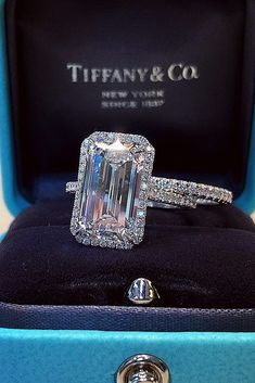 Jewelry Rings Engagement Rings : Picture Description 33 Stunning Bridal Sets That Will Conquer Her Heart ❤️ bridal sets halo emerald cut diamond pave band ❤️ See more: www. Wedding Rings Simple, Diamond Wedding Rings, Diamond Rings, Diamond Jewelry, Diamond Cuts, Solitaire Diamond, Silver Jewelry, Solitaire Rings, Raw Diamond