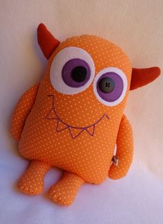Amazing Home Sewing Crafts Ideas. Incredible Home Sewing Crafts Ideas. Baby Crafts, Felt Crafts, Kids Crafts, Toy Art, Sewing Stuffed Animals, Stuffed Animal Patterns, Ugly Dolls, Fabric Animals, Monster Dolls