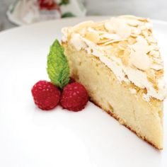 This beautiful apple and almond cake recipe from Rosemoor Garden Kitchen is gluten free - make it dairy free by leaving off the topping Apple And Almond Cake, Almond Cakes, Apple Recipes, Cake Recipes, 10 Inch Cake, Cooked Apples, Clotted Cream, Dairy Free, Gluten Free