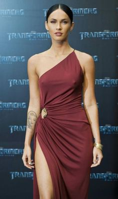 - Hollywood starlet Megan Fox turned heads at the premiere of her new movie 'Transformers: Revenge Of The Fallen' in Berlin, Germany this. Megan Fox Dress, Megan Fox Photos, Megan Denise Fox, Beautiful Celebrities, Taurus, Sexy Women, Actresses, Outfits, Megan Fox Lingerie