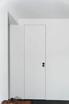 rahmenlose t r einbau konzept moderne wohnung kasia orwat t ren pinte. Black Bedroom Furniture Sets. Home Design Ideas