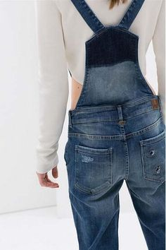 Need some of these in my closet Cute Overalls, Denim Fashion, Fashion Outfits, Suspender Pants, Zara, Denim Trends, Minimalist Fashion, Minimalist Style, Stylish Clothes
