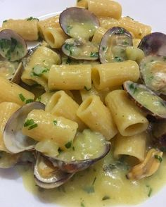 Italian Dishes, Italian Recipes, Pasta Recipes, Cooking Recipes, Food Obsession, No Cook Meals, Good Food, Food And Drink, Tasty