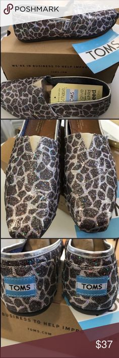 TOMS-Giraffe Glitter-Canvas Slip On shoes. NWT TOMS-Giraffe Glitter-Canvas Slip On shoes. New in box. Toms Shoes