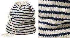 Le sac de marin en tricotAccessoire fétiche des matelots, ce mini-sacest destiné aux enfants. Avis aux tricoteuses débutantes, il est tricoté en jersey, donc très facile à faire ! Alors, on embarque ?