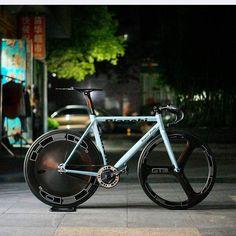 "instabicycle: "" Via @hizokucycles: #Repost from @ar_shing_ - Bianchi Super Pista repaint from @xoji #fixedgear #fixie #trackbike #cycling #singlespeed #bike #Bianchi #superpista #hypergrace #hed #bicycle #hizokucycles HizokuCycles.com """