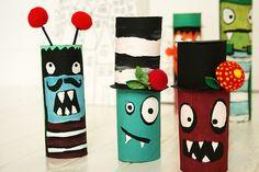 Cómo hacer muñecos con tubos de cartón