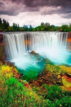 Salto del Laja Falls - Chile                                                                                                                                                      Mais
