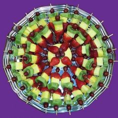 A very finger friendly fruit platter for getting together! My kids would love this anytime as well. A very finger friendly fruit platter for getting together! My kids would love this anytime as well. Fruit Platter Designs, Platter Ideas, Fruit Designs, Fruit Recipes, Cooking Recipes, Cooking Tips, Detox Recipes, Fruit Dishes, Fruit Trays