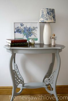 A Table Makeover by From Evija With Love - shabby chic table makeover using Frenchic Spitfire lazy range Shabby Chic Apartment, Shabby Chic Porch, Shabby Chic Office, Shabby Chic Vanity, Shabby Chic Wallpaper, Shabby Chic Wall Decor, Shabby Chic Pillows, Shabby Chic Curtains, Shabby Chic Frames