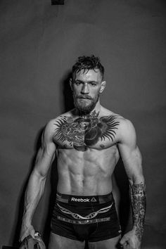 The Conor McGregor nude photos are finally here. The UFC champion poses totally nude for ESPN's latest Body Issue. Conor Mcgregor Wallpaper, Mcgregor Wallpapers, Mcgregor Fighter, Coner Mcgregor, Ufc Conor Mcgregor, Conor Mcgregor Quotes, Notorious Conor Mcgregor, Ufc Fighters, Vintage Man