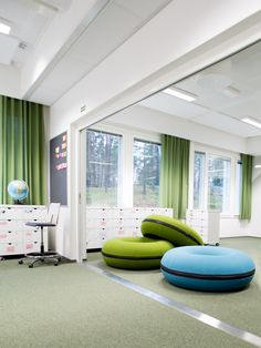 Learning environment at Karhusuo primary school. Interior design by Sistem Interior Architects. Interior Architects, Learning Environments, Primary School, Design Projects, Interior Design, Nest Design, Home Interior Design, Interior Designing, Home Decor