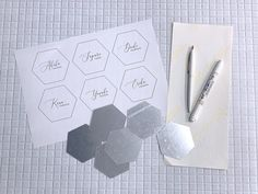 Space Wedding, Diy Wedding, Romantic Dinners, Resin Art, Cards Against Humanity, Display, Bridal, Paper, Handmade
