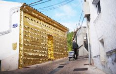"""SILENT MANIFEST""  Art project in San Antón neighborhood. Cuenca.  Very soon, more info…"