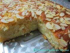 Fabuloso bizcocho cuya receta comparten desde el blog Recetas Fáciles de María.