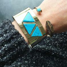 Très belle manchette et un petit bracelet de la même couleur
