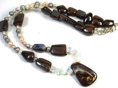 PENDANT, BRACELET, EARRING BEAD JEWELLERY SET 820 CTS EM 575  NATURAL BEADS  NECKLACE FROM GEMROCKAUCTIONS.COM