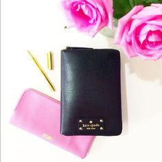 Brand new Kate spade 2016 planner Comes with inserts. Never used kate spade Accessories