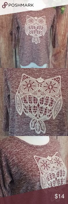Aeropostle Owl Top EUC red and cream jersey like material with an embroidered owl on the front. It is high/low style and has quarter sleeves. It is a little thicker than a t-shirt but not as thick as a sweater.  Size Medium 57% rayon & 43% polyester Length 24 1/2 Width 38 Inv # B12 Aeropostale Tops Tees - Long Sleeve
