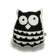 Snooze upon this snuggly owl pillow - 10 Adorable Kids Cushions | Tinyme Blog