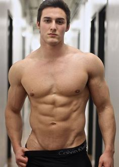 Sport Man, Hot Boys, Face And Body, Male Models, Beautiful Men, Sexy Men, How To Look Better, Bodybuilding, Facial