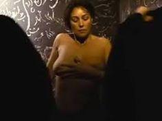 Resultado de imagem para monica bellucci naked
