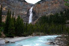 Takakakkaw Falls, Yoho National Park, Alberta, Canada.