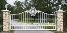 Driveway Gates & Fences | Metal fabrication, aluminum fabrication