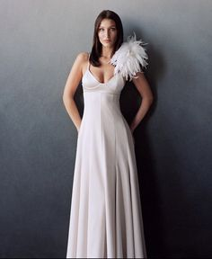 Isabella Hadid, Vogue Us, Young Designers, Fashion Portfolio, Celebrity Pictures, Formal Dresses, Wedding Dresses, Gala Dresses, Dance Dresses