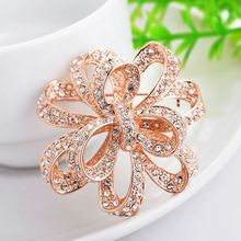 Gold-plated flower shape rhinestone brooches,high quality jewelry as shown The gift to noble wome(China (Mainland))