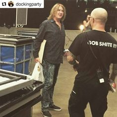 Great capture of Joe by @dockingparty ・・・ Took a photograph of a guy who sings about a photograph #defleppard