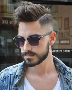 This site contains information about modern facial hair styles men Guy Haircuts Long, Cool Haircuts, Boy Hairstyles, Trendy Hairstyles, Hairstyle Men, Hair And Beard Styles, Short Hair Styles, Trending Hairstyles For Men, Mens Hair Colour