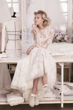 Atelier Emelia Paris | vintage wedding dress