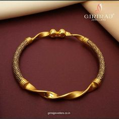 Gold Chain Design, Gold Bangles Design, Gold Earrings Designs, Gold Jewellery Design, Gold Ring Designs, Fancy Jewellery, Necklace Designs, Gold Bracelet For Women, Gold Bangles For Women