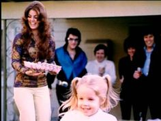 Elvis Presley's Family Members | Priscilla Presley and Lisa Marie Presley Young Priscilla and sweet ...