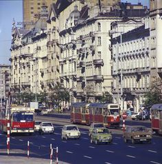 Al. Jerozolimskie w 1979.  fot. Jan Morek/ skyscrapercity.com/Tomasz5678